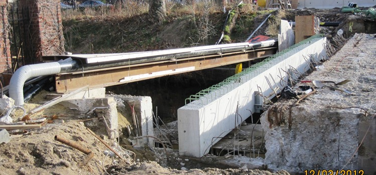 Image of Davitt Bridge, as of December 3, 2012