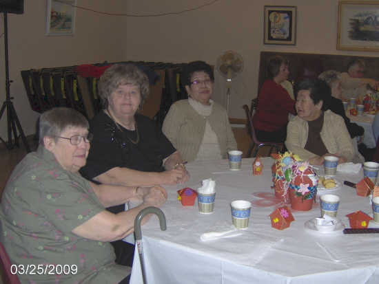 Participants at the Spring Break Breakfast in 2009